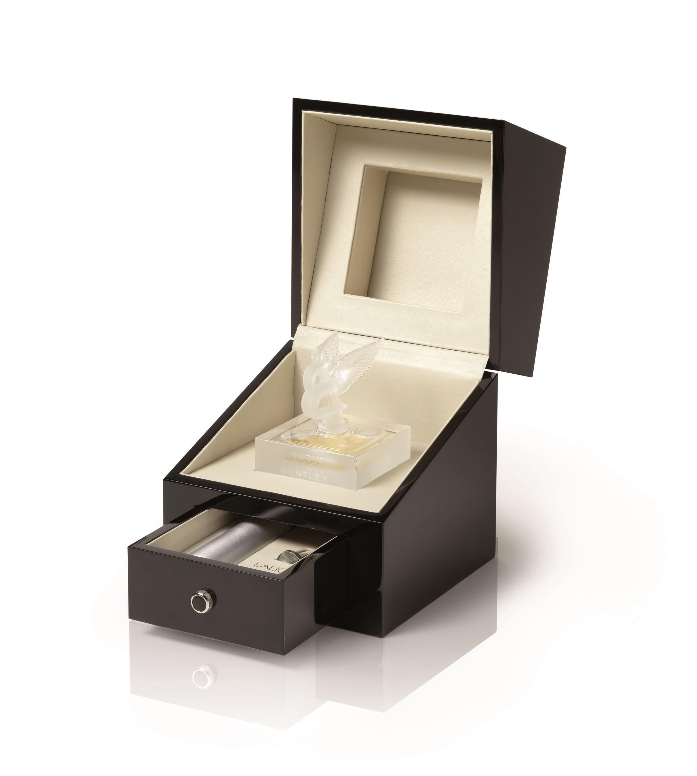 Lalique for Bentley аромат для мужчин