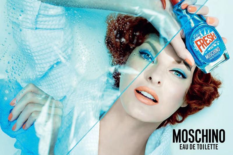Супермодель Линда Евангелиста в рекламе аромата Moschino Fresh Couture