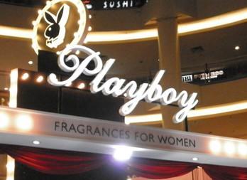 Стильный фланкер Play it Sexy Pin Up от Playboy Fragrances