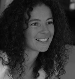 Дельфин Тьерри (Delphine Thierry)