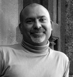 Йогеш Кумар (Yogesh Kumar)
