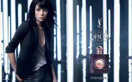 Постер Yves Saint Laurent Black Opium Nuit Blanche