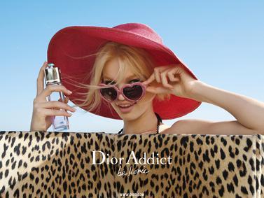 Постер Dior Addict Eau Sensuelle