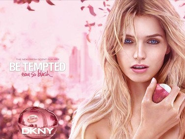 Постер Donna Karan Be Tempted Eau So Blush