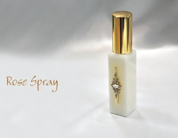 Постер Junaid Perfumes Rose Spray