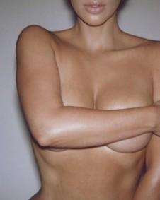 Постер Kim Kardashian KKW Body