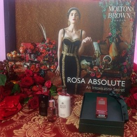 Постер Molton Brown Rosa Absolute