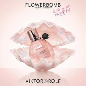 Постер Viktor&Rolf Flowerbomb La Vie En Rose 2017