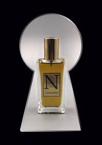 Постер Nimere Parfums Voyeurisme