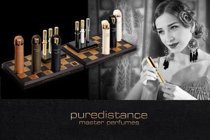 Постер Puredistance White
