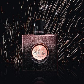 Постер Yves Saint Laurent Black Opium Dazzling Lights Edition