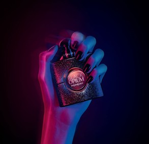 Постер Yves Saint Laurent Black Opium Eau De Toilette 2018